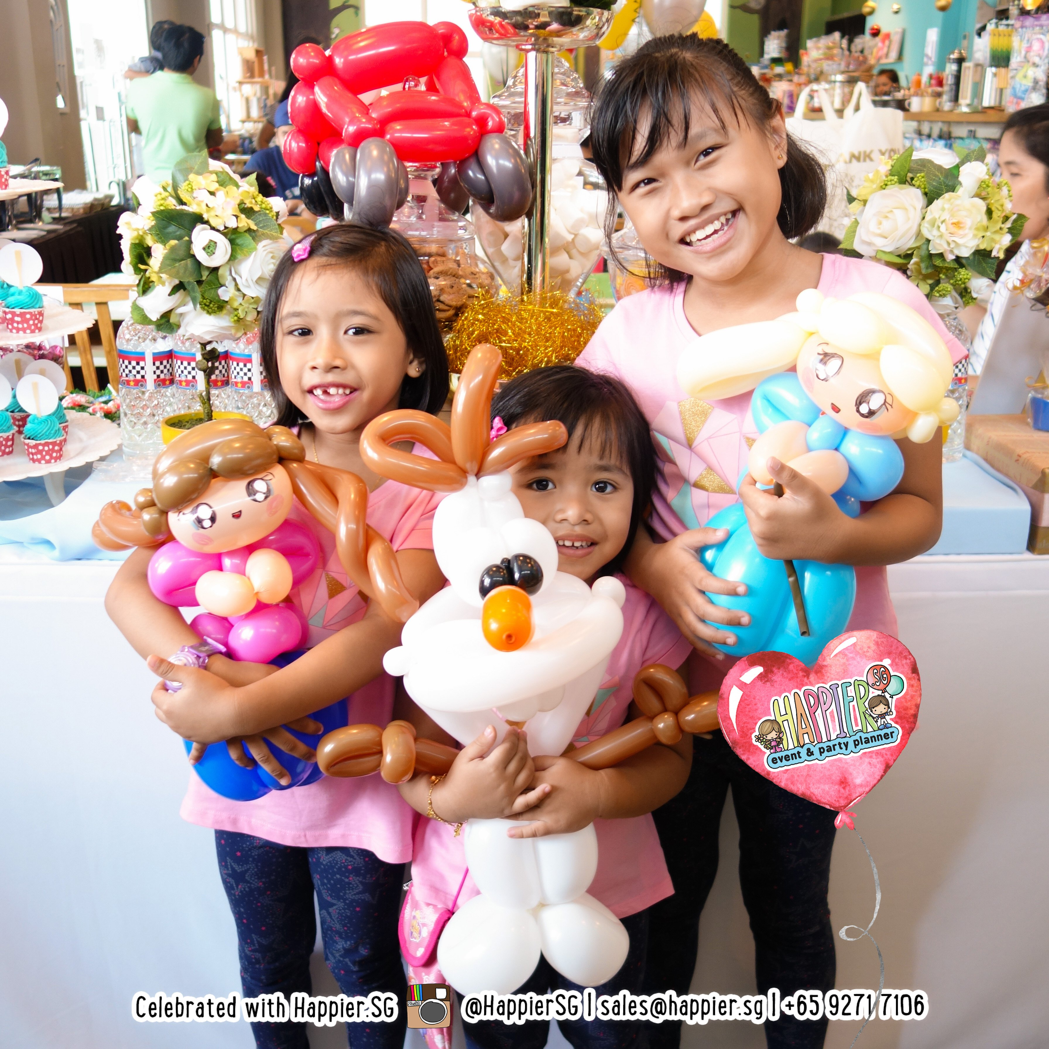 7b40bc8d Balloon Sculpting & Twisting Services | Happier Singapore