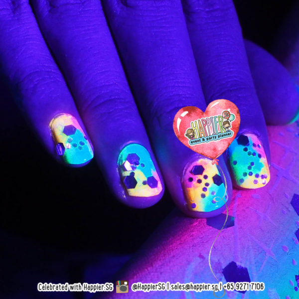 Glow in the Dark Nail Art Manicure