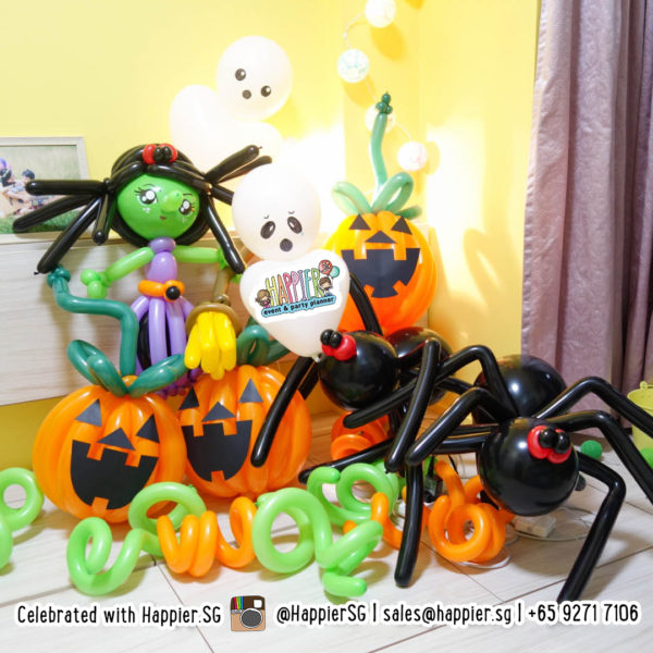 Halloween Balloon Decoration