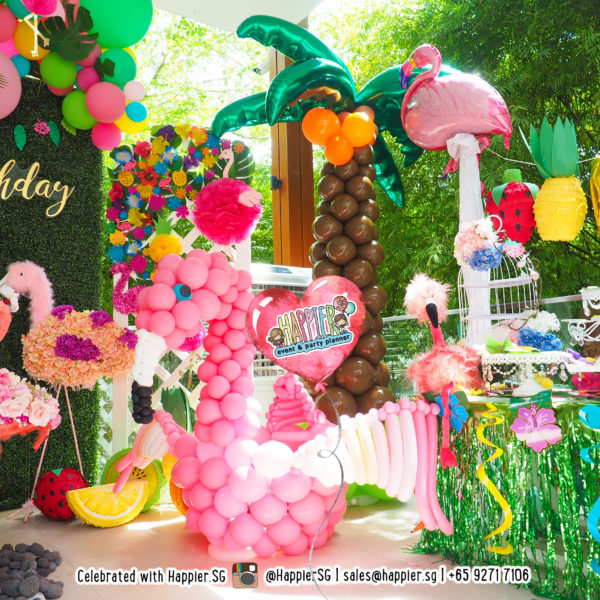 Life-sized Flamingo Balloon Sculpture Decoration