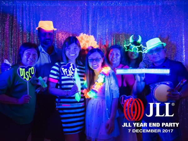 Glow in the Dark UV Photo Booth