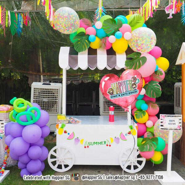Tropical organic balloon garland decoration