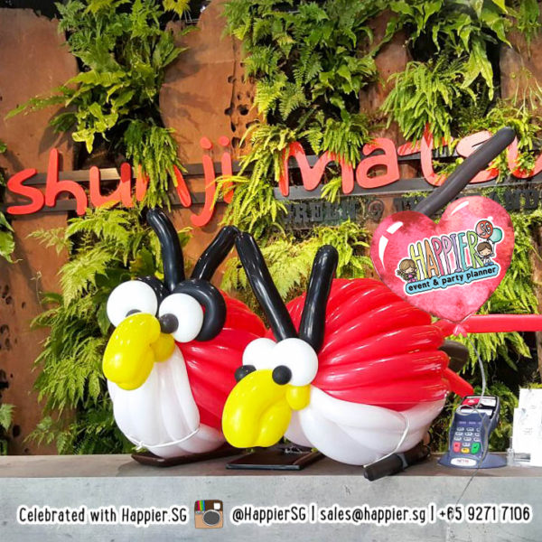 Angry-bird-balloon-sculpture-decoration