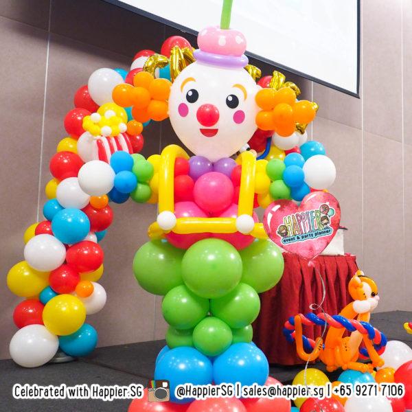 Life-sized-Carnival-circus-Clown-balloon-sculpture-decoration