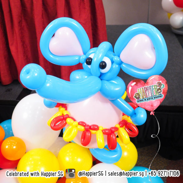 Carnival-circus-elephant-balloon-sculpture-decoration