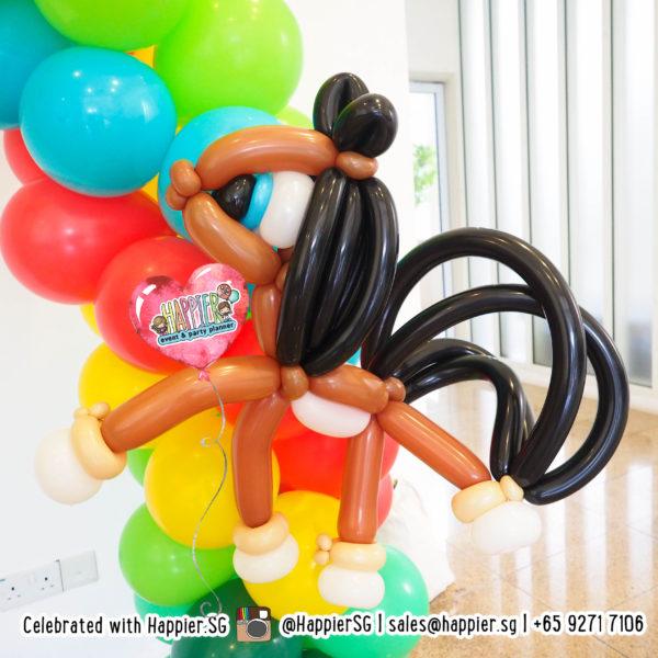Horse-balloon-sculpture-decoration