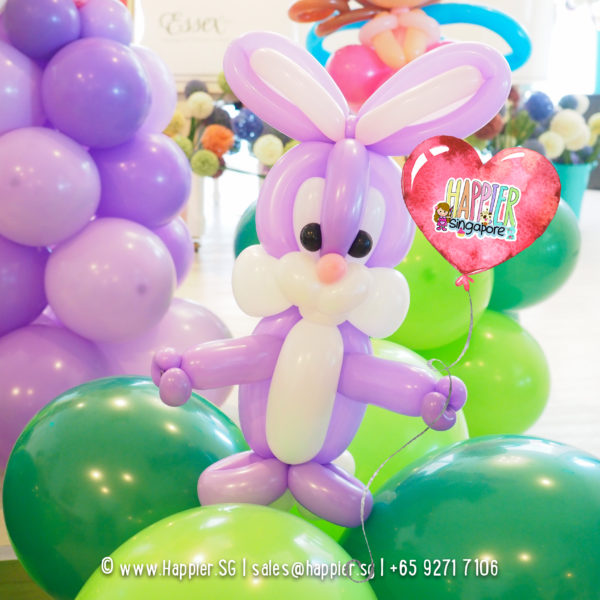 Bunny-balloon-column-decoration