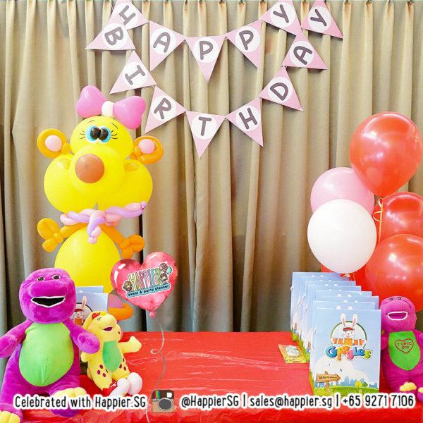 Teddy-bear-balloon-sculpture-decoration